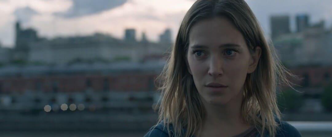 Escena de la película La corazonada de Netflix