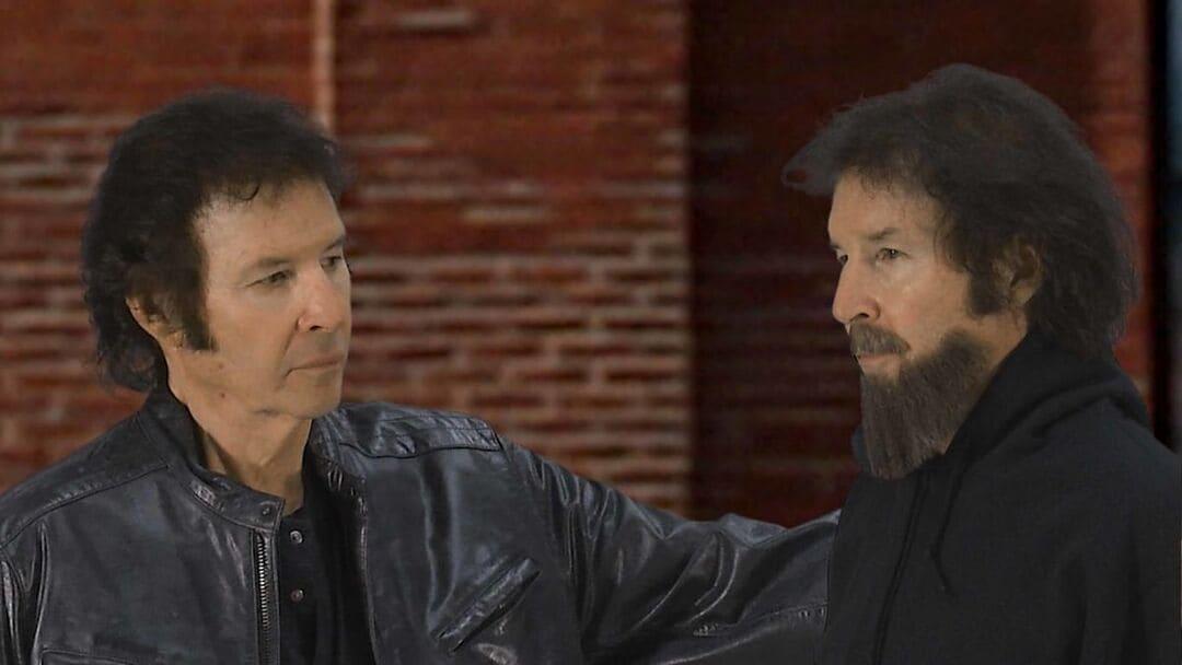 Fotograma de Twisted Pairs – Neil Breen interpreta a Neil Breen y a Neil Breen con barba. Esa barba nos da una idea del nivel de sus películas.