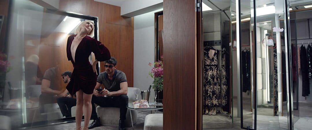 Escena de la película 365 DNI en Netflix