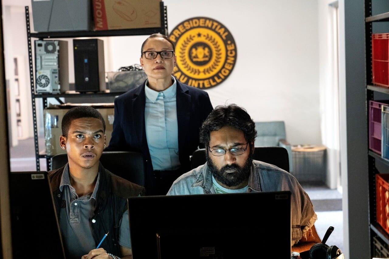 Escena de la serie Trackers de HBO