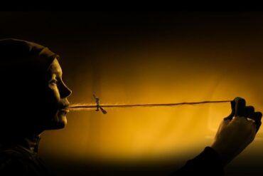 Escena de la película Gretel y Hansel de Amazon Prime