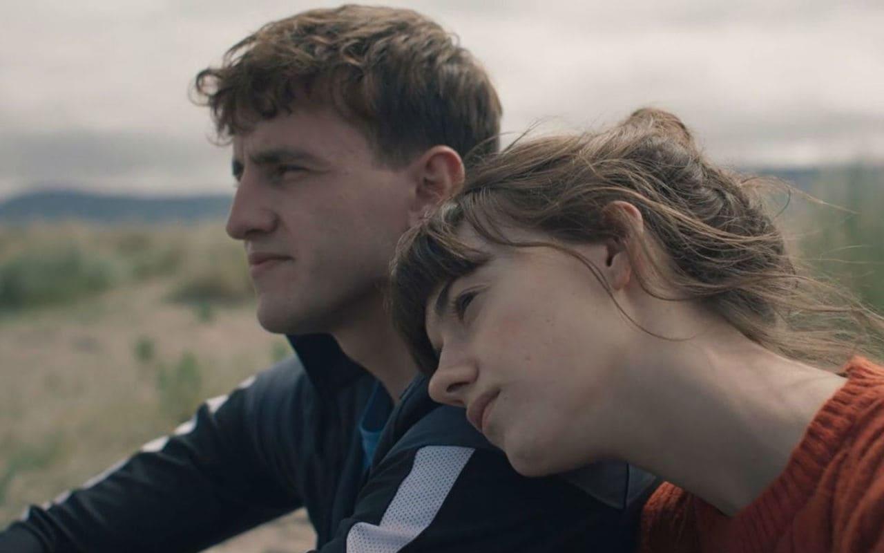 Marianne (Daisy Edgar-Jones) y Connell (Paul Mescal)