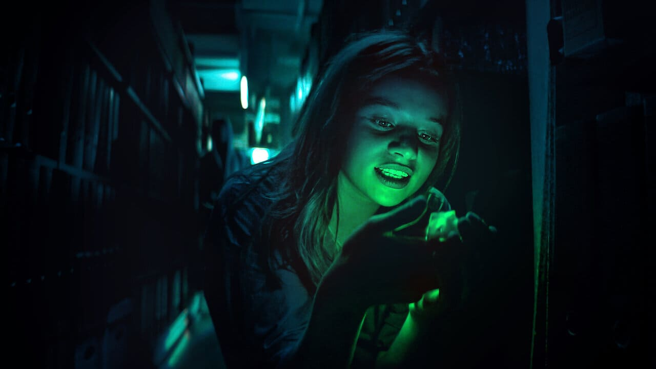 Escena de la serie Biohackers de Netflix