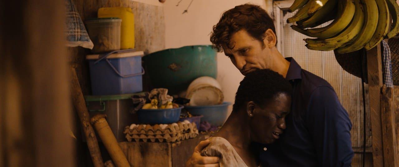 Escena de la película Black Beach