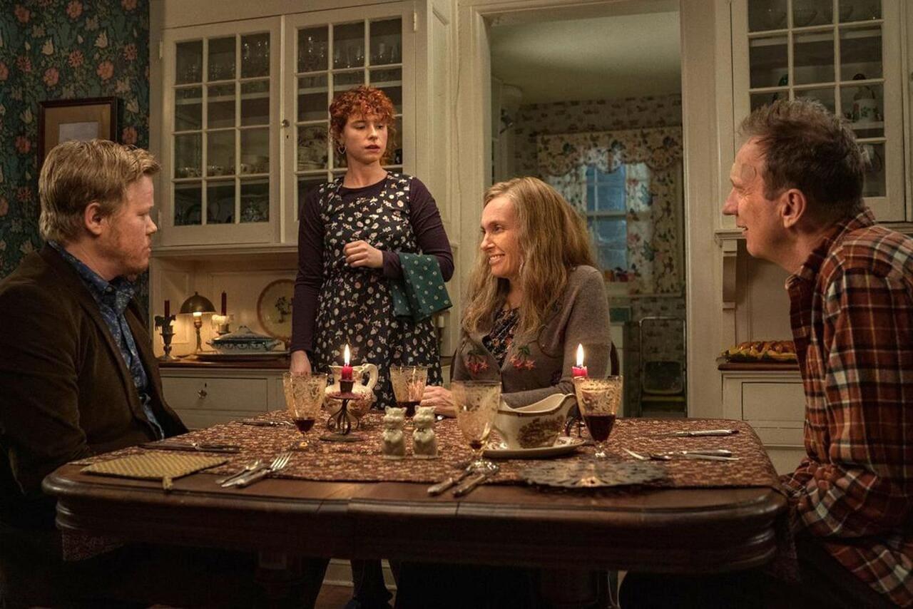 Jessie Buckley, Jesse Plemons, Toni Collette y David Thewlis