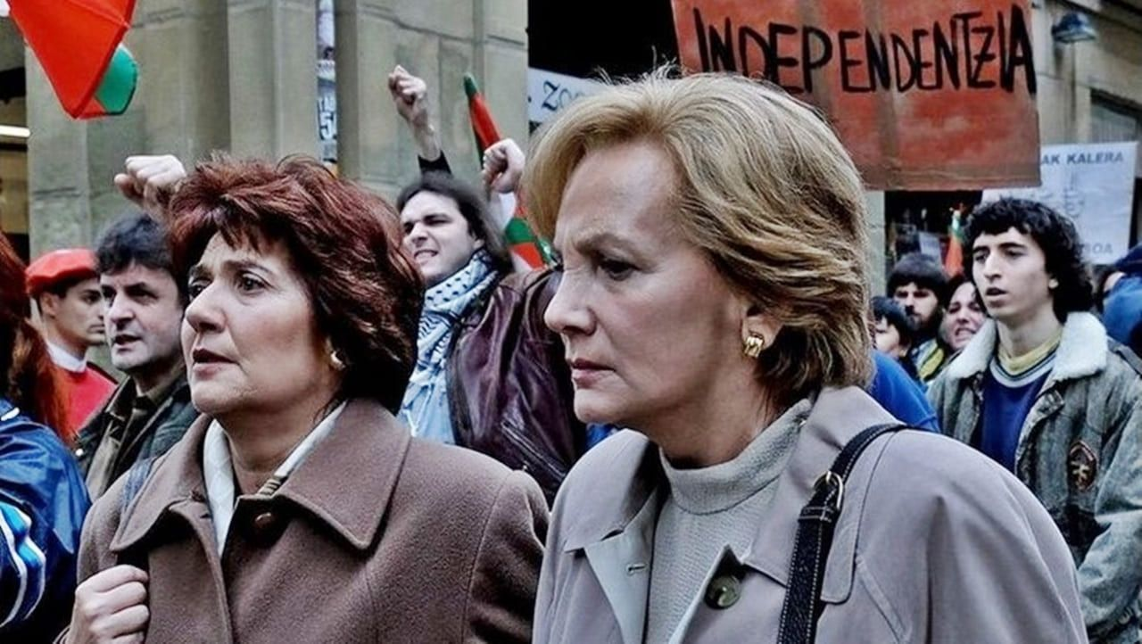 Ane Gabarain y Elena Irureta