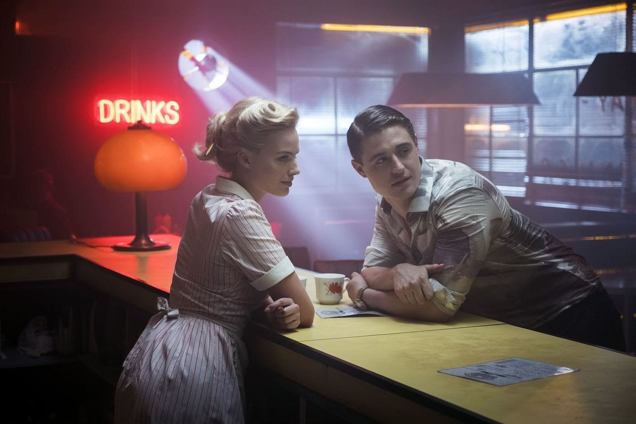 Margot Robbie y Max Irons