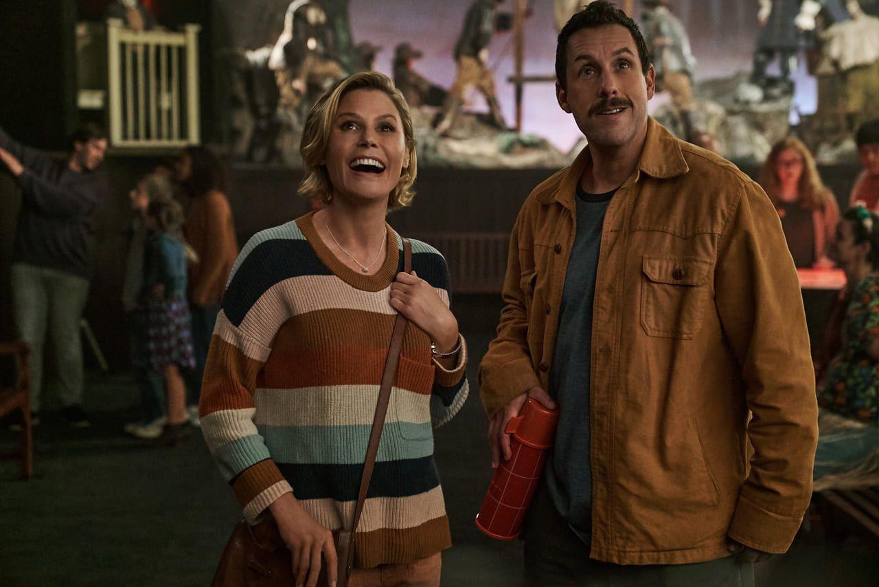 Adam Sandler y Julie Bowen